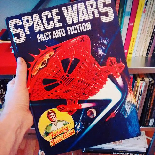 The first not-entirely-a-comic-book I ever loaned from Eastbourne Public Library. At 5 years old this was the book that actually motivated me to learn how to read long form & not just make half the story up getting by on the pictures. Now here we are today. Picked up this copy in a second hand store years ago, was super happy to find it. It hasn't aged well. Still, Space Pirates though!